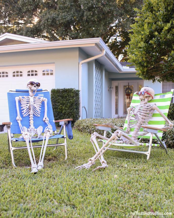 diy-skeleton-lawn-decorations